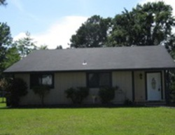 S Pine Cone Ln - Foreclosure in Jacksonville, NC