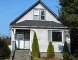 Pine St - Foreclosure in Everett, WA