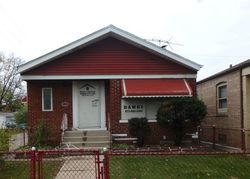 Ejecucion S Rhodes Ave - Chicago, IL