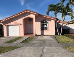 Casa en Remate en Miami