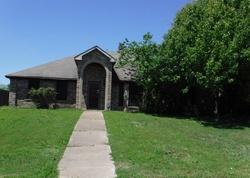 Ejecucion Rawlins Dr - Lancaster, TX