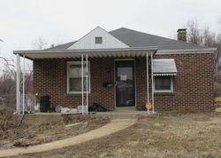 Casa en Remate en Saint Louis