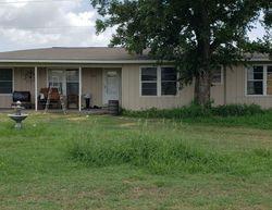 Ejecucion Standish St - Floresville, TX