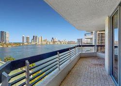 Ejecucion Mystic Pointe Dr Apt 1214 - Miami, FL