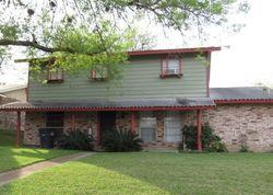 Hillcrest Dr - San Antonio, TX